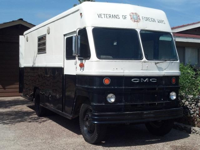 Comfort cravings food truck by matt and lori