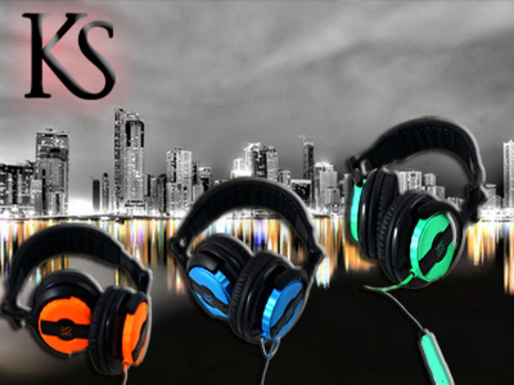 Kusky™ Electroluminescent GloSync™ Headphones's video poster