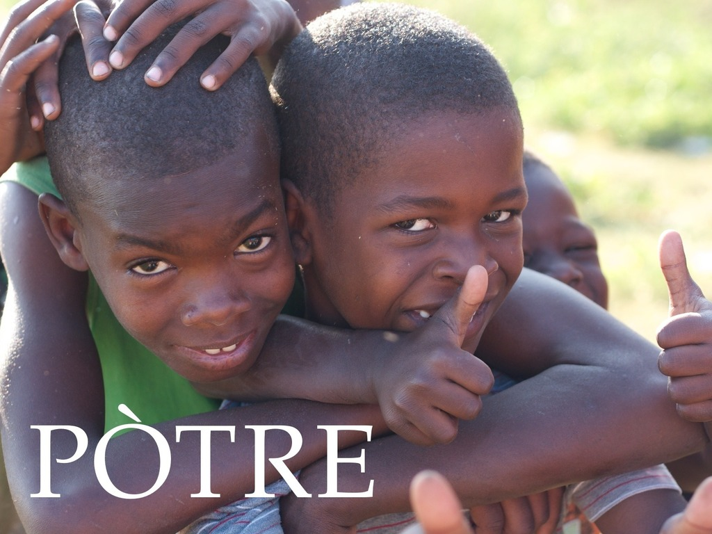 Pòtre: Giving Haitian Children Photos of Themselves's video poster