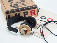 ROCK-HARD CANADIAN MAPLE HEADPHONES