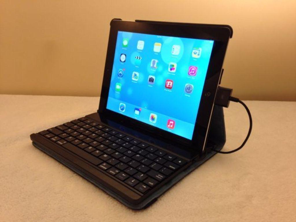 WriteCase: Wired keyboard folio for iPad 2 or Retina iPad's video poster