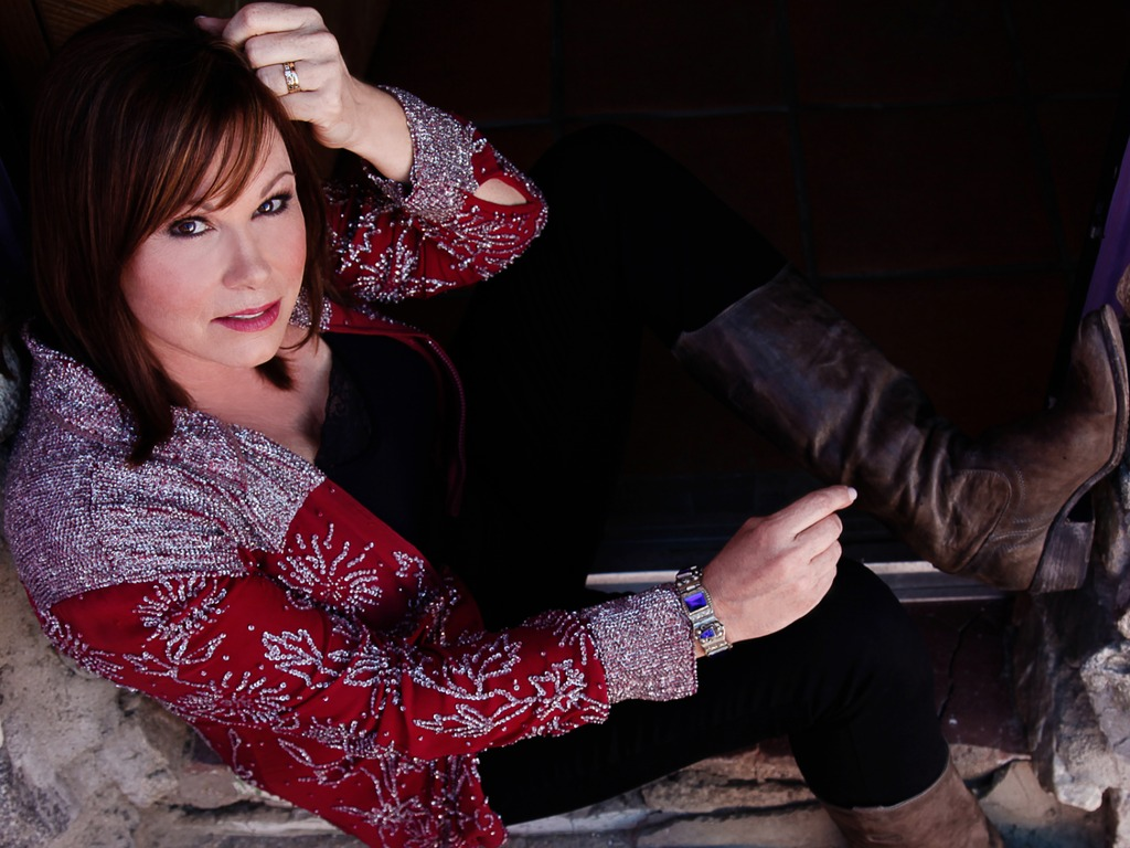 """Suzy Bogguss: her new album, """"Lucky""""'s video poster"""