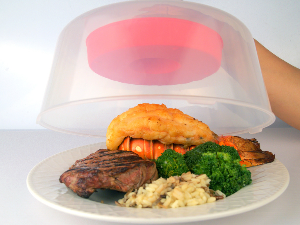 MOLO: Moisture Lock Microwave Cover™ - Keeps your food moist's video poster