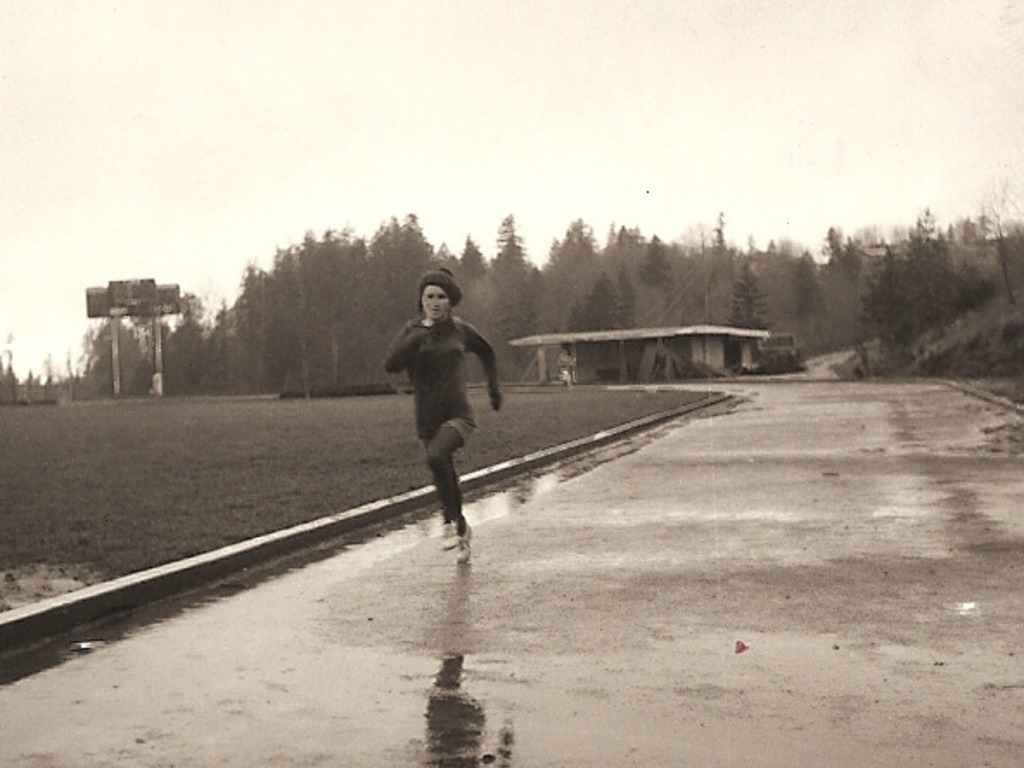 The Women of Oregon-Track&Field Pioneers-A History-1928-2012's video poster