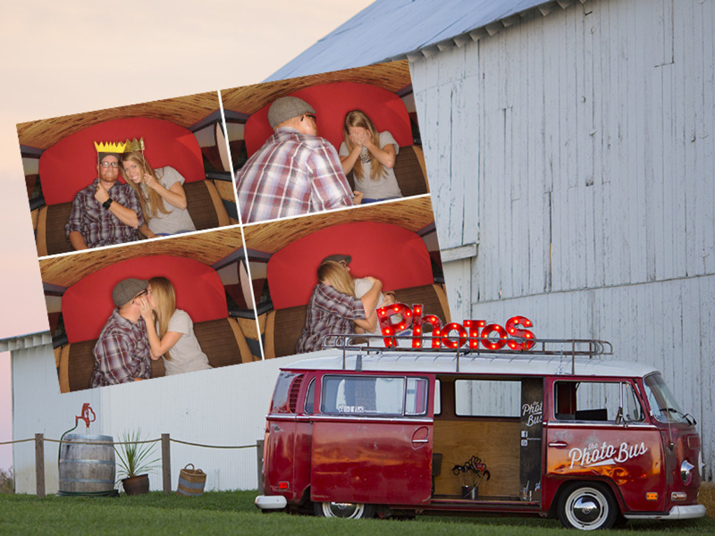 THE PHOTO BUS's video poster