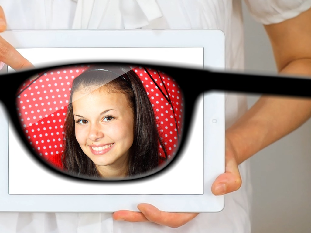 iSpy - invisible tablet's video poster