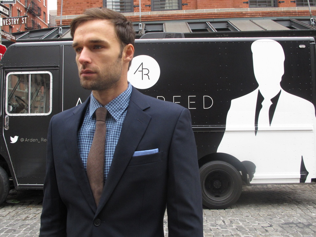 Get The Bond Look: Dress Shirts 3D Scanned to Fit's video poster