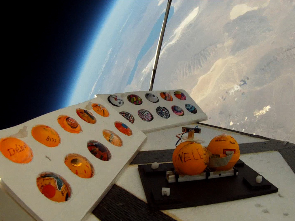 2000 Student Projects to the Edge of Space's video poster
