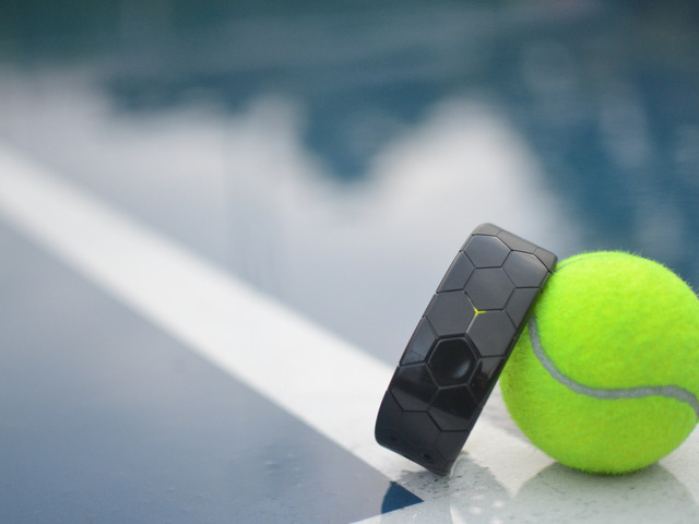 Kickstarter >> Smash: The game changing tennis wearable by Rob Crowder