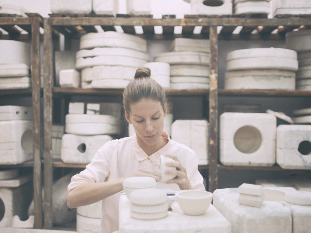 Minka Inhouse · Blankets and Ceramics for your home's video poster