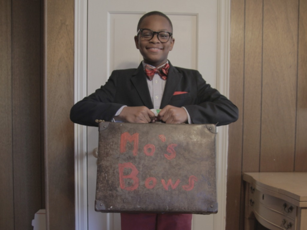 Mo's Bows: A Short Documentary's video poster