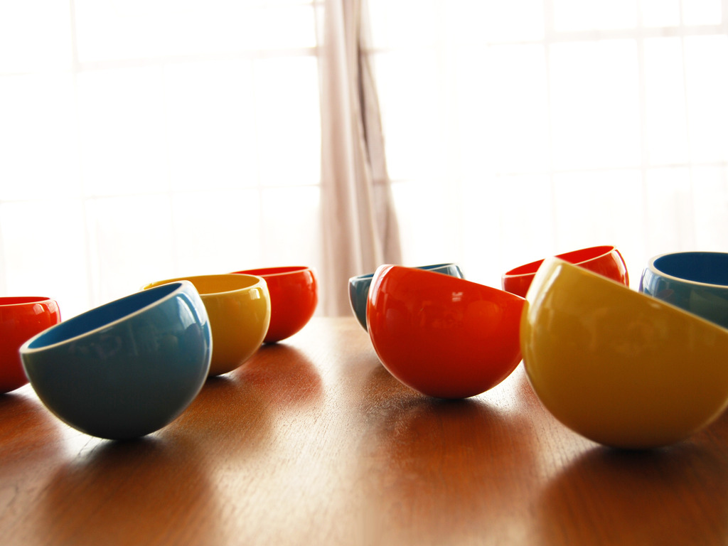 Wobble Bowls by Speechless Studios's video poster