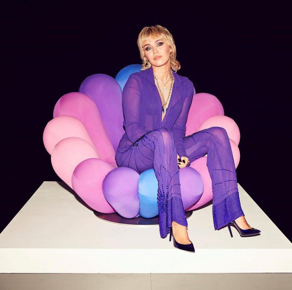 Miley Cirus top five beautiful women