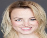 Danielle Minus Headshot