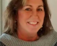 Virginia VanDruten Headshot