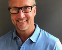Steve Stein Headshot