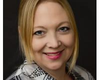 Brenda Prohaska Headshot