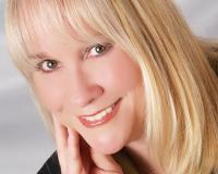 Barbara Reed Headshot