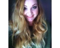 Chloe Baldino - Social Media and Marketing Headshot