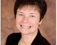 Suzanne Treudt Headshot