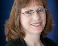 Lisa Regan Headshot