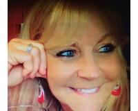 Kimberly Magee Headshot