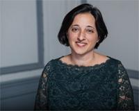 Maya Choldin Headshot