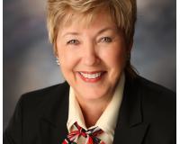 Mary Hewitt Headshot