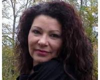 Rebecca Grottger Headshot