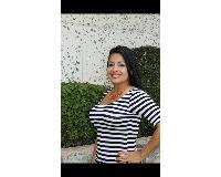 Liz Santa Cruz Headshot