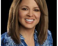 Janet Wingrove Headshot