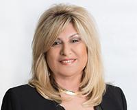 Lynn Lapaglia Headshot