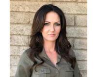 Michelle Battaglia Headshot