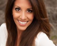 Lisa Rivera Headshot