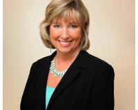 Karen Bogan Headshot