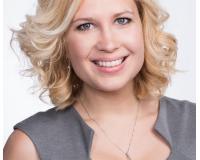 Rachel Ingram Headshot