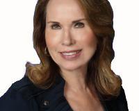 Karen Anstead Headshot