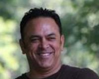 Peter Persaud Headshot
