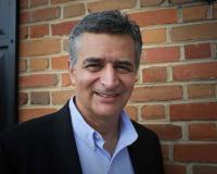 Carlos Crispino Headshot