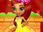Lisa is a Pretty Lady Dress Up