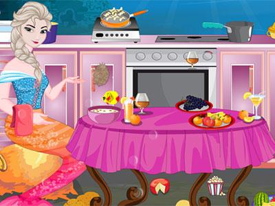 Elsa Underwater Kitchen Cleaning