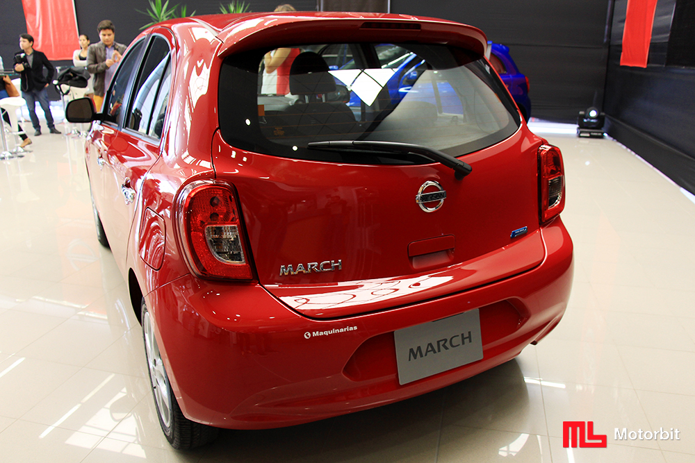 Nissan March 2015 3