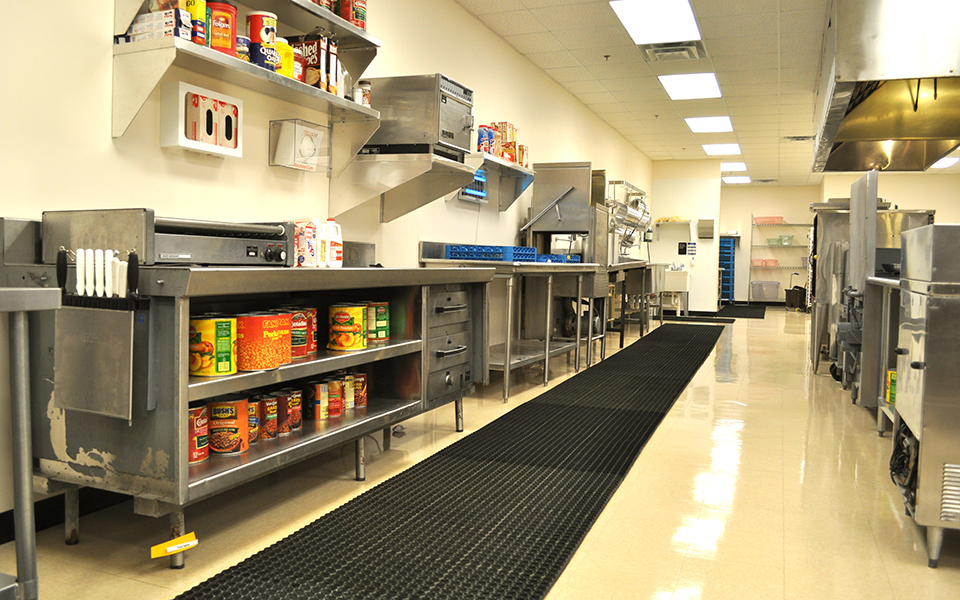 Commercial Kitchen 960x6001