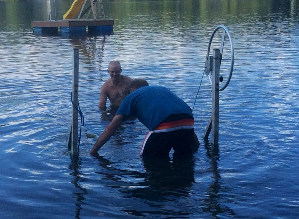Place your boat lift and level it on the mat.