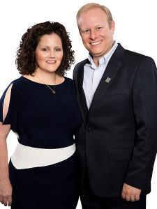 Photo of Amy and Scott Grossman