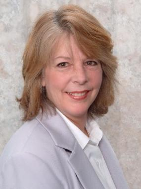 Photo of Christine Tomovich