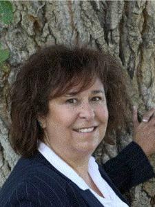 Photo of Cynthia Lekas
