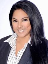 Photo of Maura Flores