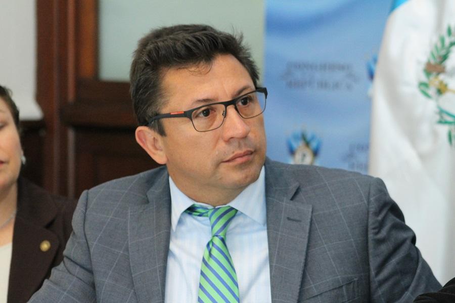 Exdiputado Julio López Villatoro plantea nuevo amparo contra orden de captura - La Hora