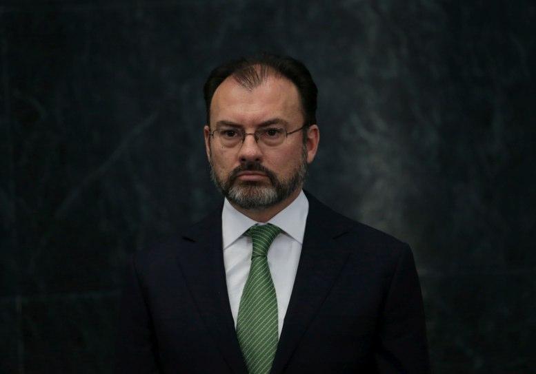 Canciller mexicano dice que negociarán con Trump